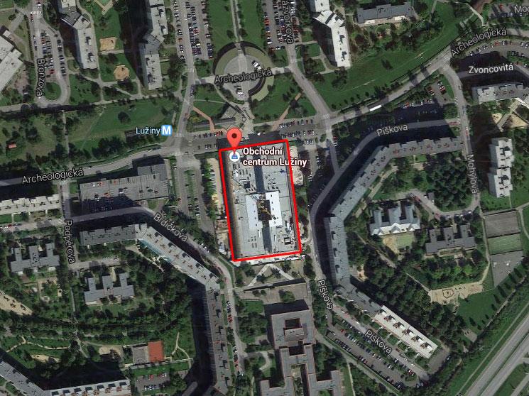 Praha 13 - Investor chce kritizované bytové věže u OC Lužiny stavět za rok